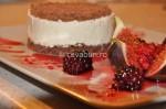 Cheesecake cu fructe în sos de Cassis