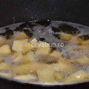 Prăjiți cartofii
