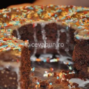 Prăjitură de post cu ciocolată