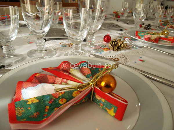 Masa de craciun for Mesa de navidad elegante