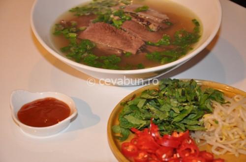 Phở bo - supa vietnameză de vită