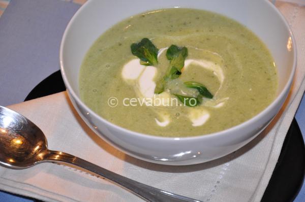 Supă de pere cu creson