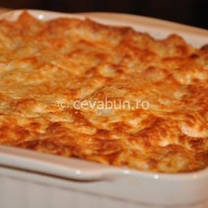 Lasagna cu spanac şi brânză