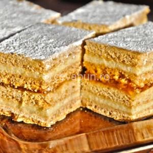 Prăjitură cu foi de miere
