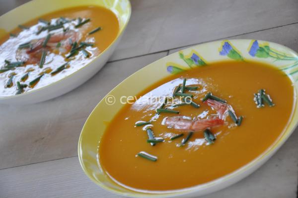 Supă cremă de cartof dulce cu ghimbir şi limetă