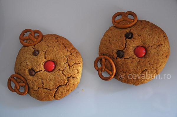 http://www.cevabun.ro/biscuiti-cu-nuci-cap-de-ren/