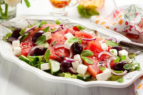 salata-pepene-feta