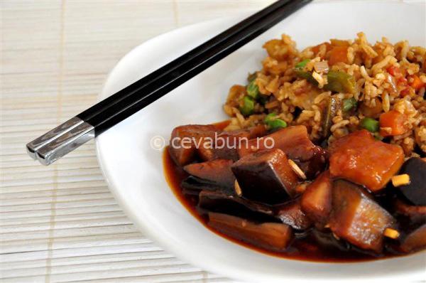 Vinete chinezești în sos de usturoi